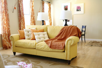 clean upholstery in detroit